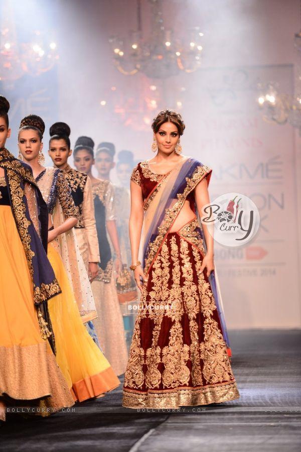Bipasha Basu walks the ramp for Vikram Phadnis at the Lakme Fashion Week Winter/ Festive 2014 Day 6