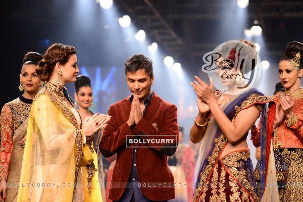 Vikram Phadnis' show at the Lakme Fashion Week Winter/ Festive 2014 Day 6