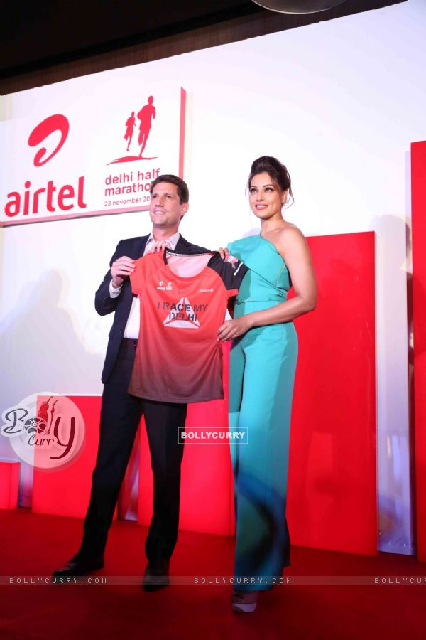 Bipasha Basu at the Launch of Airtel Delhi Half Marathon