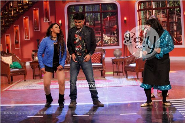 Rakhi Sawant performs with Kapil on Comedy Nights With Kapil