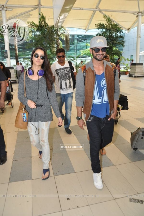 Shraddha Kapoor and Shahid Kapoor snapped at Airport