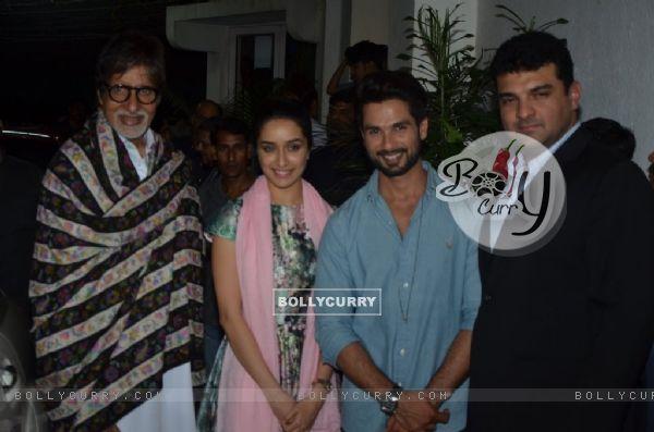 Amitabh Bachchan, Shraddha Kapoor, Shahid Kapoor and Siddharth Roy Kapur pose for the media