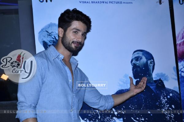 Shahid Kapoor poses for the media at the Special screening of Haider