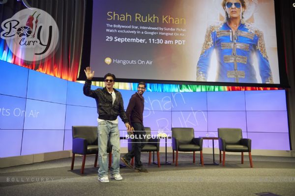 Shah Rukh Khan waves to the fans at the Google Headquarters