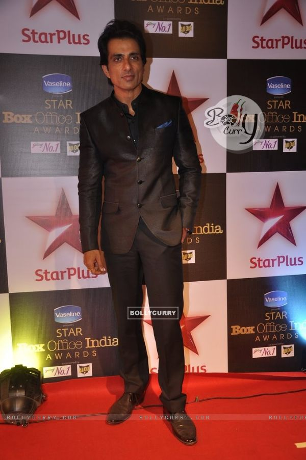 Sonu Sood poses for the media at Star Box Office Awards