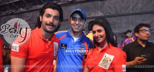 Divyanka Tripathi And Sharad Malhotra At Box Cricket League