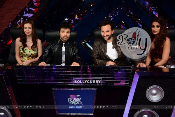 Team of Happy Ending during the Promotions on India's Raw Star