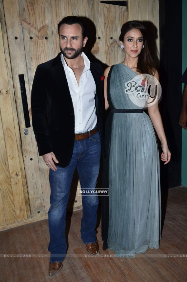 Saif Ali Khan poses with Ileana D'Cruz at the Promotions of Happy Ending on Ajeeb Dastaan Hai Ye
