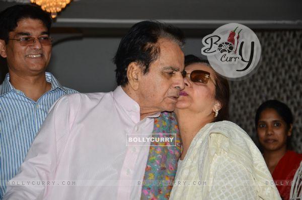 Saira Banu gives Dilip Kumar a peck