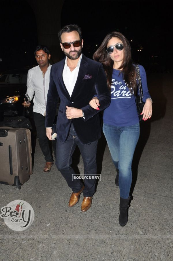 Saif Ali Khan and Kareena Kapoor were snapped at Airport