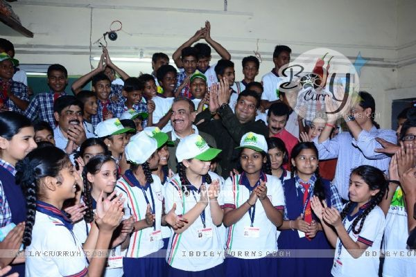 CID team with NGO kids