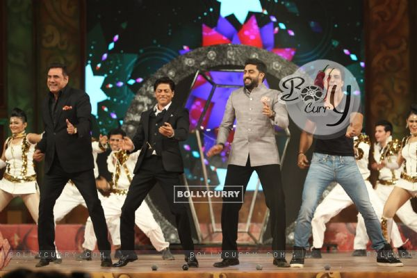 Happy New Year Team Perform at Umang Police Show (352051)