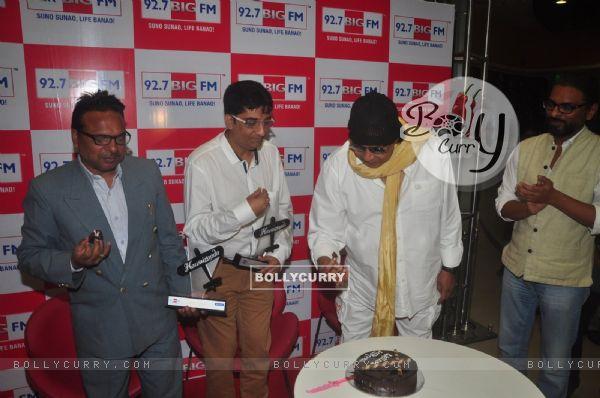 Mithun Chakraborty was snapped cutting cake at BIG Hawaizaada Heroes event