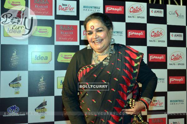 Usha Uthup poses for the media at Royal Stag Mirchi Music Awards Bangla 2014