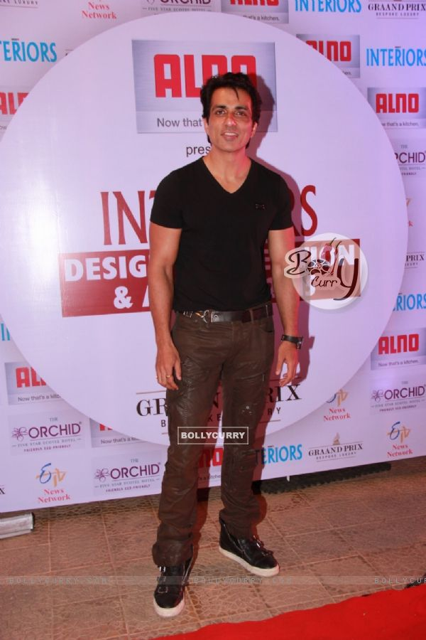 Sonu Sood at the Society Interiors Design Competition & Awards 2015