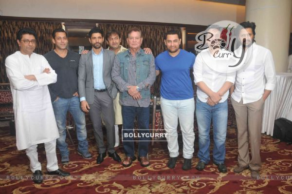 Celebs pose for the media at the Meet on Mumbai