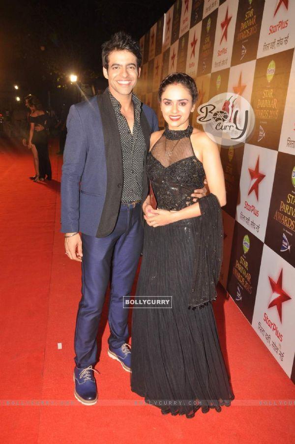 Amruta Khanvilkar and Himmanshoo A Malhotra at Star Parivaar Awards 2015