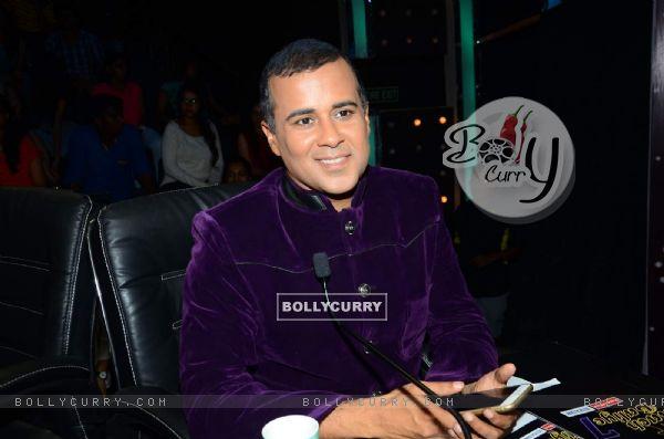 Chetan Bhagat on Nach Baliye 7