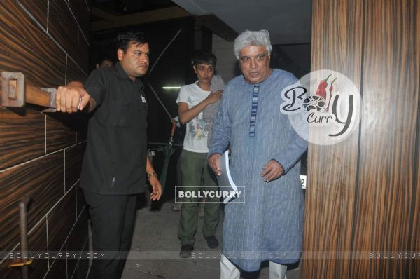 Javed Akhtar Snapped at Aamir Khan's House
