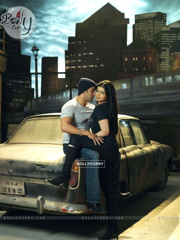 Romantic scene of Salman and Ayesha