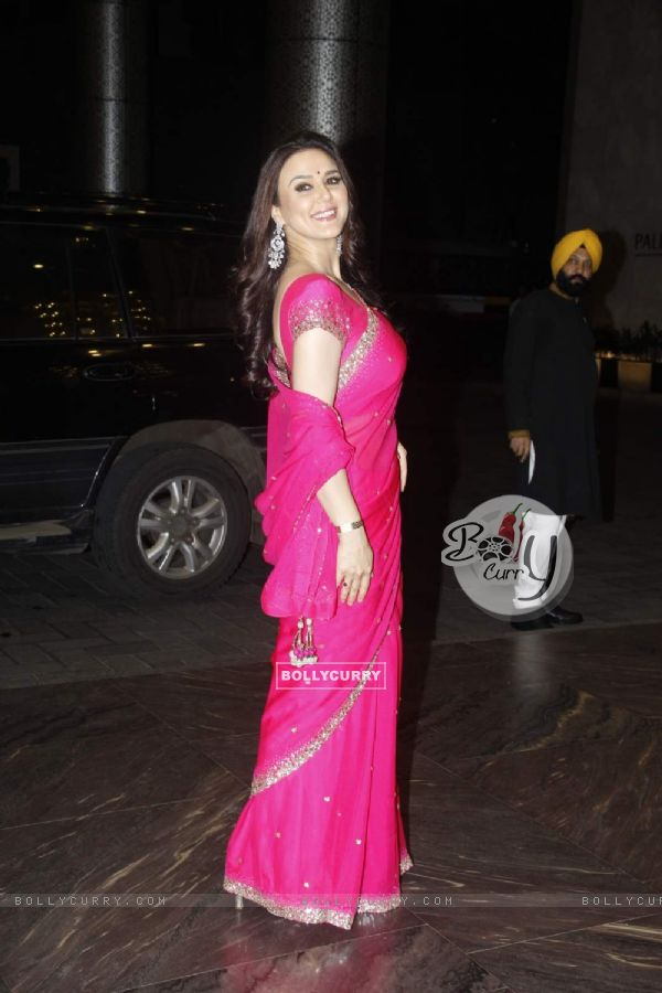 Preity Zinta at Shahid - Mira Wedding Reception!