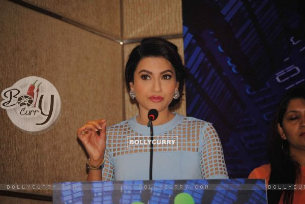 Gauahar Khan interacts with the audience at Videocon Event
