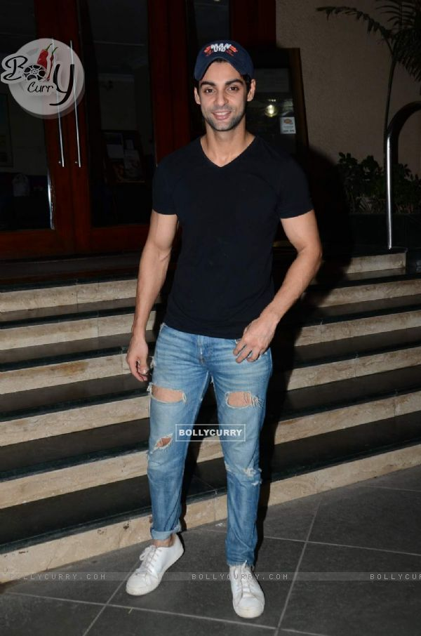 Karan Wahi at Manish Paul's Birthday Bash