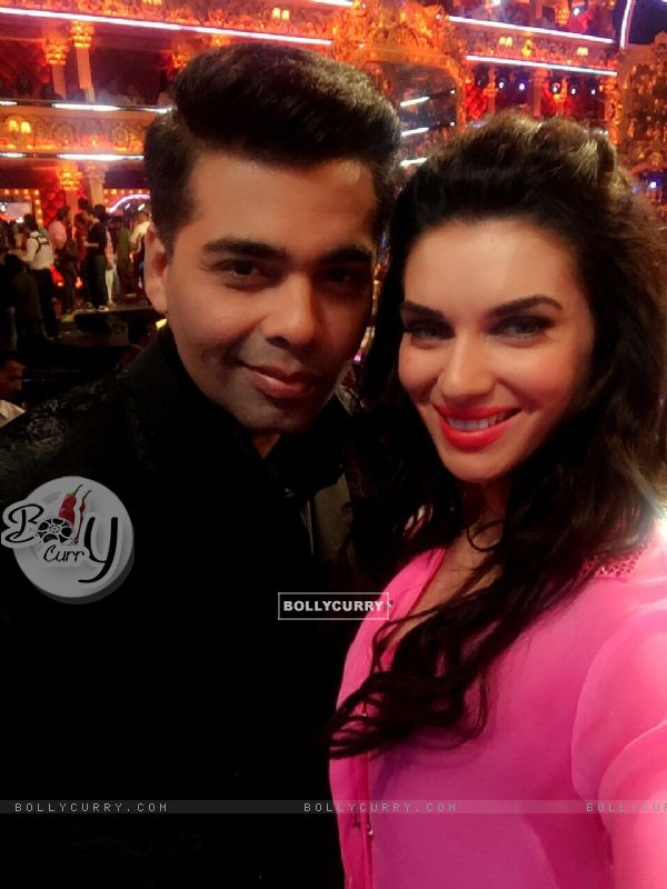 Sacrlett Wilson and Karan Johar on Jhalak Dikhla Jaa 8