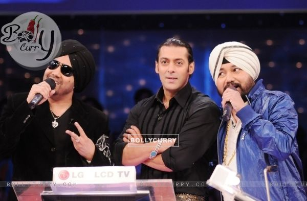 Salman Khan with Mika and Daler Mehendi