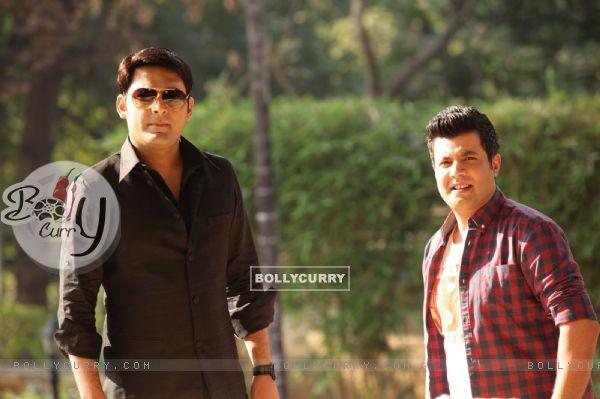 Kapil Sharma and Varun Sharma in Kis Kisko Pyaar Karoon