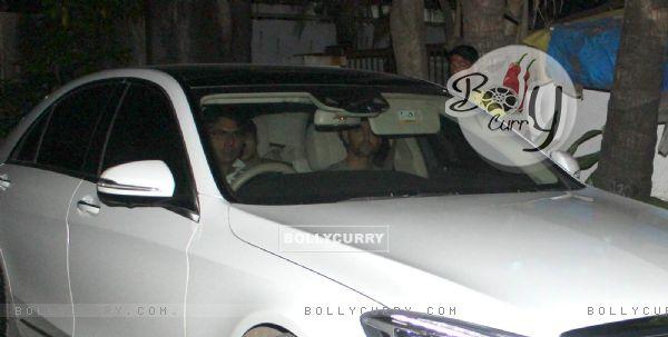Hrithik Roshan at Akshay Kumar's Place