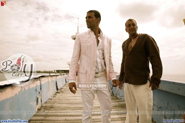 Akshay Kumar with Sanjay Dutt
