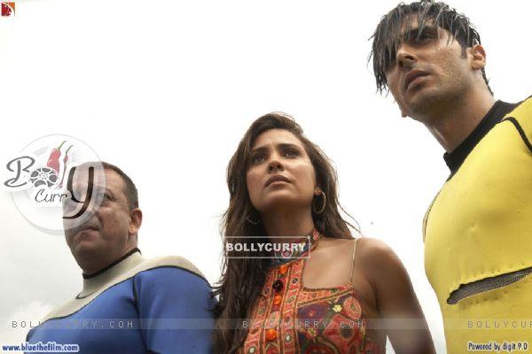 Lara Dutta with Sanjay Dutt and Zayed Khan
