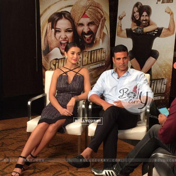 Amy Jackson and Akshay Kumar at Singh is Bling Press Meet