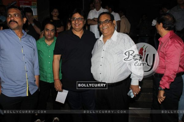Vashu Bhagnani and Satish Kaushik at Special Screening of Kis Kisko Pyaar Karoon