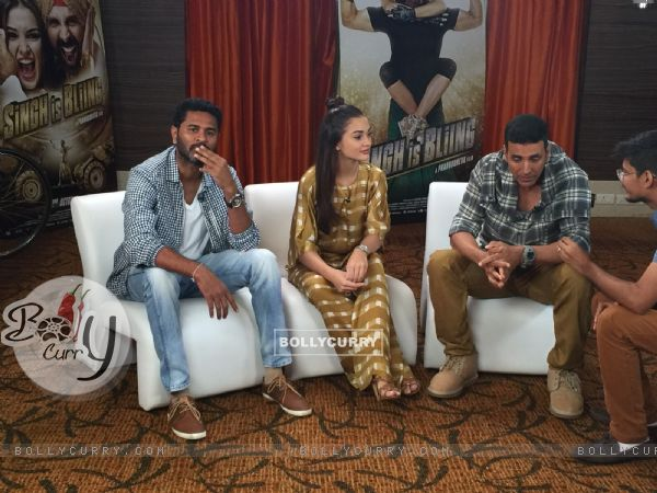 Prabhu Deva, Akshay Kumar and Amy Jackson Promotes Singh is Bling