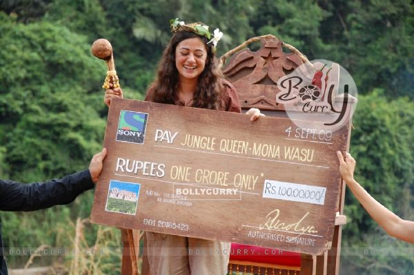 Mona Wasu - The jungle queen