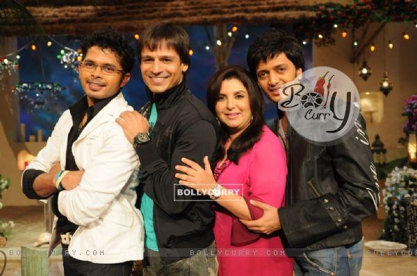 Farah Khan with Sreesanth, Ritesh Deshmukh and Vivek Oberoi