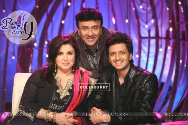 Farah Khan and Anu Malik with Ritesh Deshmukh