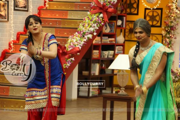 Upasana Singh and Siddharth Sagar in Comedy Classes