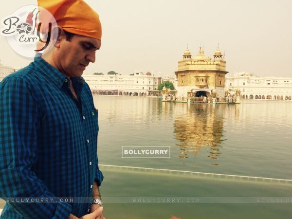 Omung Kumar Visits Omung Kumar Visits Golden Temple During his Research for His Sarabjit Biopic (381620)