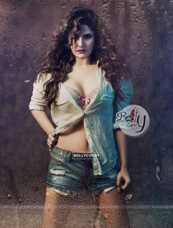 Zarine Khan in Hate Story 3