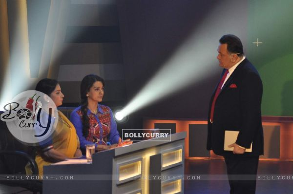 Rishi Kapoor, Shabana Azmi and Juhi Chawla on the Sets of Chalk N Duster