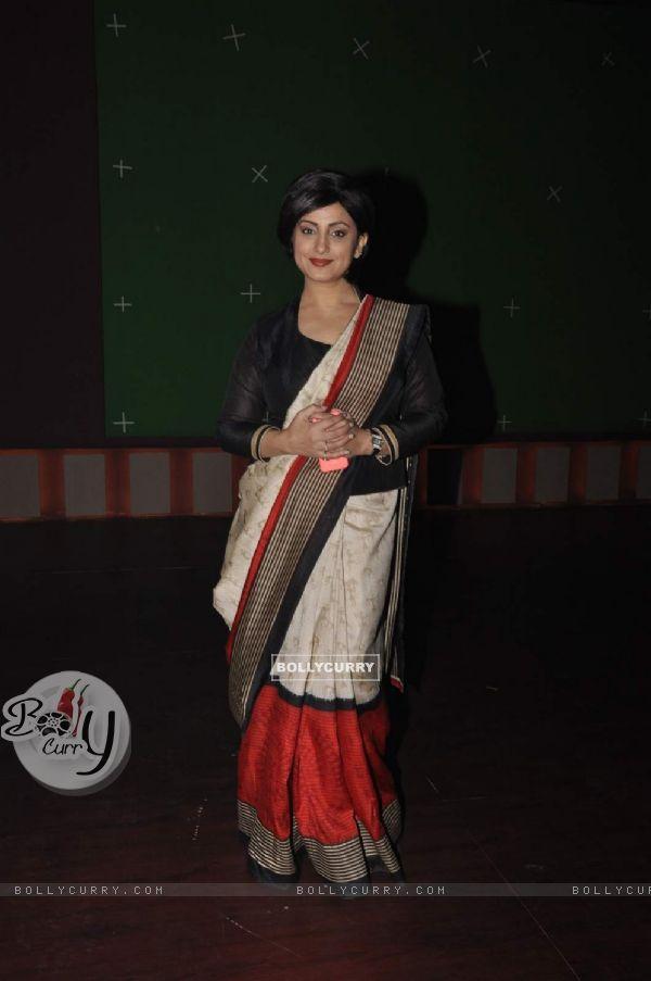 Divya Dutta on Set of Chalk N Duster