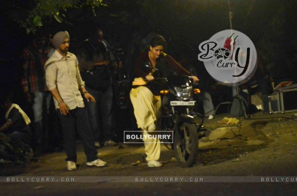 Kareena Kapoor and Diljit Dosanjh on Location of Udta Punjab (382242)