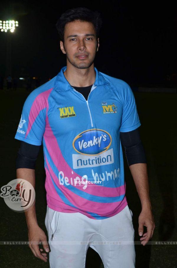 Rajneesh Duggal at Mumbai Heroes Corporate Cricket Match