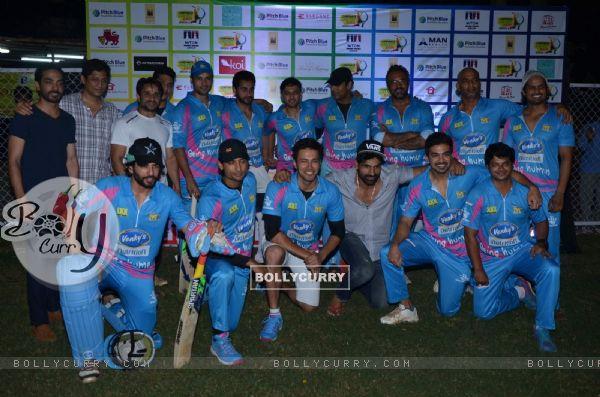 Celebs at Mumbai Heroes Corporate Cricket Match