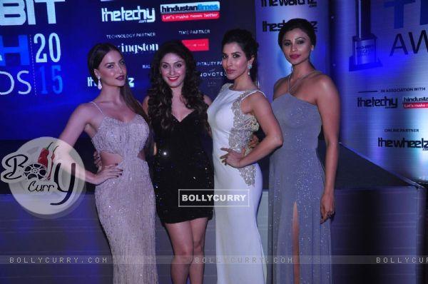 Elli Avram, Manjari Fadnis, Sophie Choudry and Daisy Shah at Exhibit Tech Awards 2015
