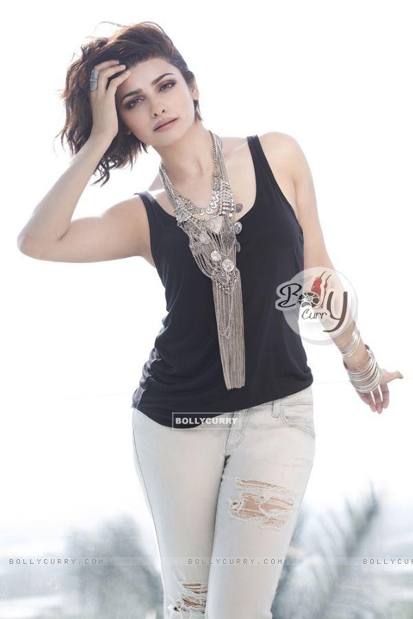 Prachi Desai's Lean Look in Rock On 2