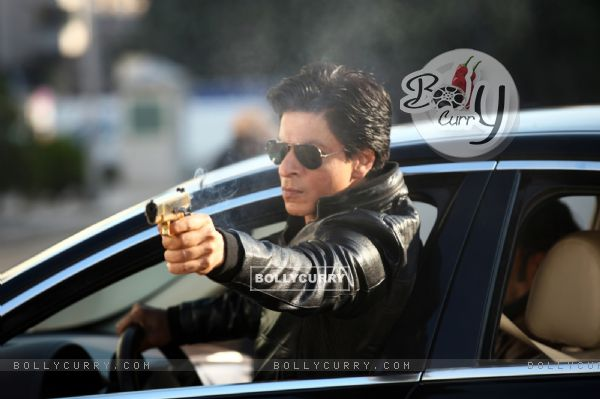 Shahrukh Khan in the movie Dilwale